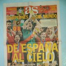Coleccionismo deportivo: DIARIO AS - LUNES 12 JULIO 2010 - ESPAÑA CAMPEONA DEL MUNDO . Lote 29323378