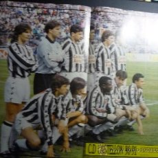 Coleccionismo deportivo: POSTER DE LA REVISTA D.BALON CON EL EQUIPO DEL CASTELLON 90-91. Lote 32763929