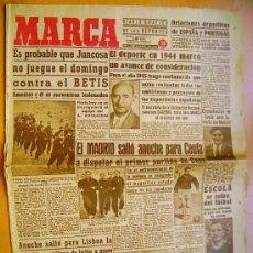 Coleccionismo deportivo: MARCA- 19 DICIEMBRE 1944- EL MADRID- EL JUNCOSA-EL BETIS. Lote 33909656