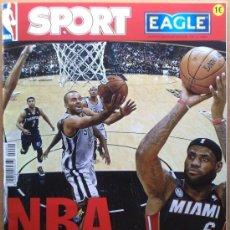 Coleccionismo deportivo: REVISTA EXTRA DIARIO SPORT NBA 12/13 - ESPECIAL BALONCESTO MINI POSTER JORDAN BIRD -. Lote 38313171
