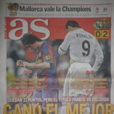Coleccionismo deportivo: DIARIO AS - 11 ABRIL 2010 - REAL MADRID 0 FC BARCELONA 2 - GOLES DE MESSI Y PEDRO. Lote 39302596