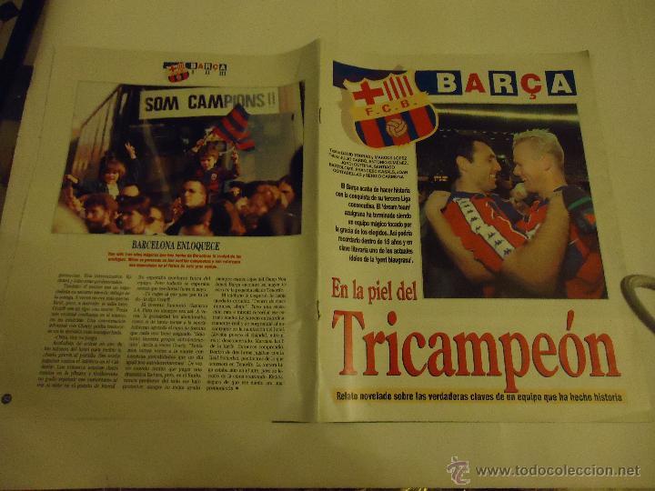 REVISTA BARCA FUTBOL CLUB BARCELONA TRICAMPEON . (Coleccionismo Deportivo - Revistas y Periódicos - Sport)