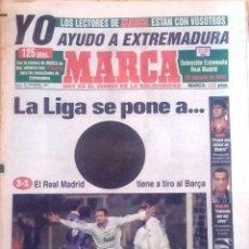 Coleccionismo deportivo: MARCA. 1997. LA LIGA SE PONE A .... EL REAL MADRID TIENE A TIRO AL BARÇA. Lote 47912980