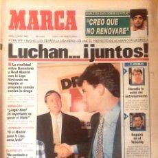 Coleccionismo deportivo: MARCA. 1993. CRUFF Y MICHEL LES SEPARA LA LIGA. PERO LUCHAN JUNTOS CONTRA LA DROGA.. Lote 47950266