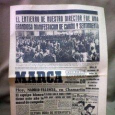 Coleccionismo deportivo: PERIODICO DEPORTIVO MARCA, 7 DE OCTUBRE DE 1945, Nº 894, LUTO, ENTIERRO FERNANDEZ CUESTA. Lote 49623039