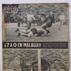 Coleccionismo deportivo: VIDA DEPORTIVA - AÑO 1963 - LA GOLEADA DEL BARCELONA POR 7 A O AL MALAGA. Lote 56911468