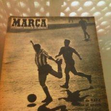Coleccionismo deportivo: REVISTA DEPORTIVA MARCA NUM.854 14 DE ABRIL DE 1959. EMPATE EN EL METROPOLITANO. LEER. Lote 57254254