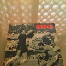 Coleccionismo deportivo: REVISTA DEPORTIVA MARCA 9 DE JUNIO DE 1954. CAMPEONATO DEL MUNDO. LEER. Lote 57255109
