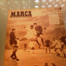 Coleccionismo deportivo: REVISTA DEPORTIVA MARCA NUM. 742 19 DE FEBRERO DE 1957. REAL MADRID GANÓ EN NIZA. LEER. Lote 57302373