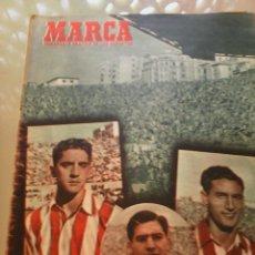 Coleccionismo deportivo: REVISTA DEPORTIVA MARCA NUM. 520 18 DE NOVIEMBRE DE 1952. FIGURAS DEL ATLETICO. LEER.. Lote 57303891