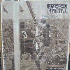 Coleccionismo deportivo - VIDA DEPORTIVA - EL GOL SOLITARIO - 1953 - 57451664