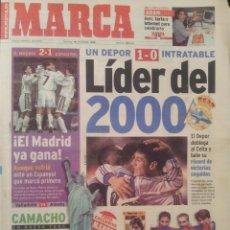 Coleccionismo deportivo: MARCA 19/DICIEMBRE/1999 DEPORTIVO INTRATABLE - LIDER DEL 2000 TRAS GANAR AL CELTA 1-0. Lote 58017673