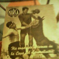 Coleccionismo deportivo: REVISTA DEPORTIVA MARCA MAYO DE 1940. EL VALENCIA APLASTA AL U.D. SAN ANDRES. . Lote 58160620