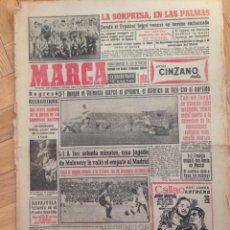 Coleccionismo deportivo: DIARIO MARCA 24 OCTUBRE 1955 ATLETICO MADRID 3-1 VALENCIA EIZAGUIRRE MOLOWNY REAL MADRID. Lote 59531863