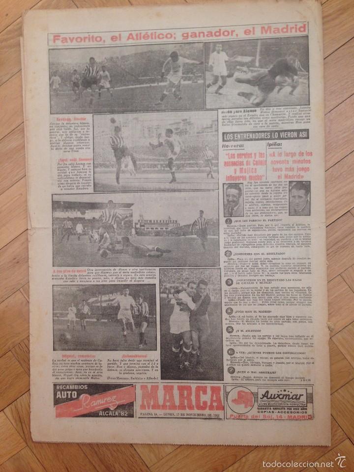 Coleccionismo deportivo: DIARIO MARCA 17 NOVIEMBRE 1952 FOTOS ATLETICO MADRID REAL MADRID EN EL METROPOLITANO TORRERO - Foto 3 - 59709775