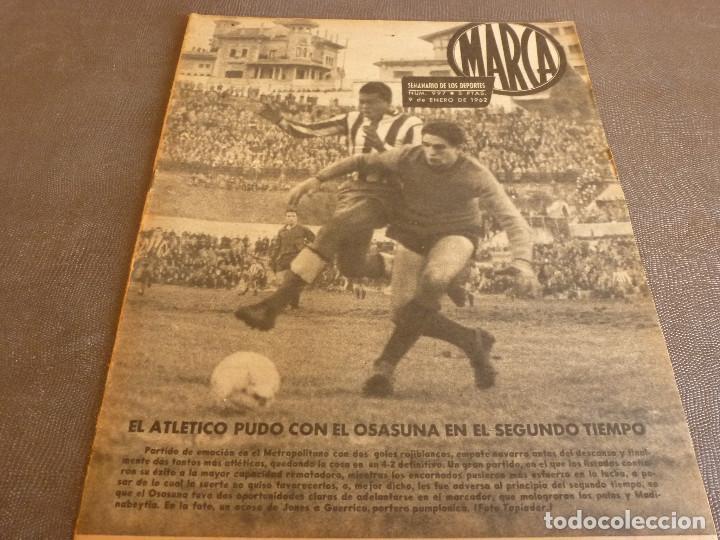 MARCA(9-1-62)!!!A.E.K.ATENAS 0 BARÇA 6 !!!LIGA 1ª DIV. BULGARIA(MUNDIAL-62)SELECC.MUNDIAL FÚTBOL. (Coleccionismo Deportivo - Revistas y Periódicos - Marca)