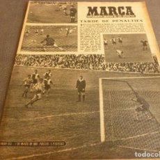 Coleccionismo deportivo: MARCA(7-3-61)JORNADA LIGA,H.HERRERA,DEPORTE ALEMANIA,PATINAJE HIELO,ALFONSO BORBÓN ESQUI,POBLET.. Lote 62218688