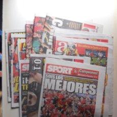 Coleccionismo deportivo: ESPAÑA CAMPEONA EUROCOPA 2008 Y 2012 Y CAMPEON DEL MUNDO 2010 - LOTE 12 PERIODICOS, MARCA, AS, SPORT. Lote 68395861