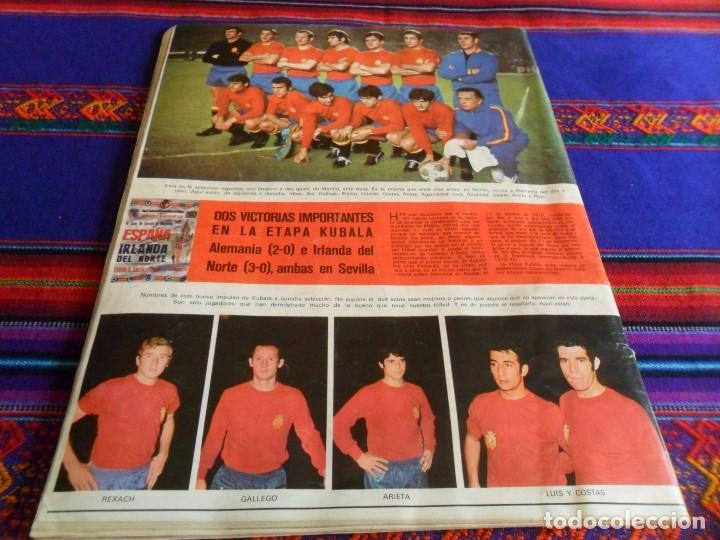 Coleccionismo deportivo: AS FÚTBOL DE ZAMORA A IRÍBAR. REGALO COLOR 154 165 PÓSTER SELECCIÓN ESPAÑA ALEMANIA CAMPEONA MUNDO - Foto 3 - 77752517