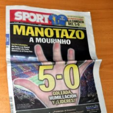 Coleccionismo deportivo: DIARIO DEPORTIVO SPORT - Nº 11207 - ¡MANOTAZO A MOURINHO! - 5-0 DEL BARÇA AL REAL MADRID - AÑO 2010. Lote 83560588