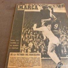 Coleccionismo deportivo: MARCA(22-3-60) BARÇA 3 R.MADRID 1,CHILE MUNDIAL,TENIS ARILLA,GIMENO,SANTANA.COPA GENERALISIMO.RUGBY. Lote 83876300