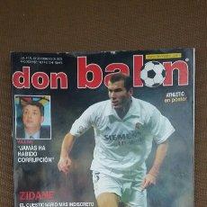 Coleccionismo deportivo: REVISTA DON BALON - ZIDANE - FEBRERO 2003 - INCLUYE POSTER ATLETICO DE MADRID - TDKR36. Lote 90907940