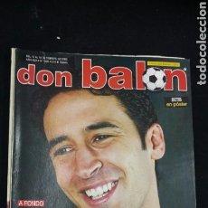 Coleccionismo deportivo: REVISTA DON BALON - RAUL - FEBRERO 2003 - INCLUYE POSTER BETIS - TDKR36. Lote 90931320
