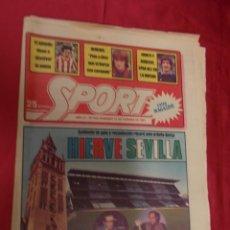 Coleccionismo deportivo: SPORT. Nº 455. 22 FEBRERO 1981. AMBIENTE DE GALA Y RECAUDACION RECORD ANTE EL BETIS-BARÇA.. Lote 96112359
