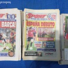 Coleccionismo deportivo: SPORT-LOTE DE 50 PERIODICOS ETAPA JOHAN CRUYFF. PRINCIPIOS AÑOS 90. Lote 100741547