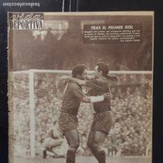 Coleccionismo deportivo: VIDA DEPORTIVA-842-30/10/1961.BARCELONA,2-ESPAÑOL,0. Lote 101053656