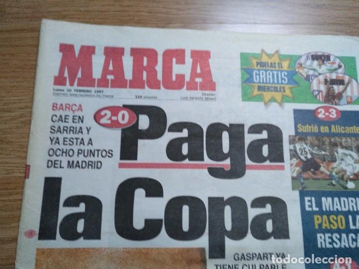 Coleccionismo deportivo: DIARIO MARCA 10 FEBRERO 1997 BARçA CAE 2-0 PAGA LA COPA -CARLOS SAINZ - MOYA - Foto 2 - 103151095