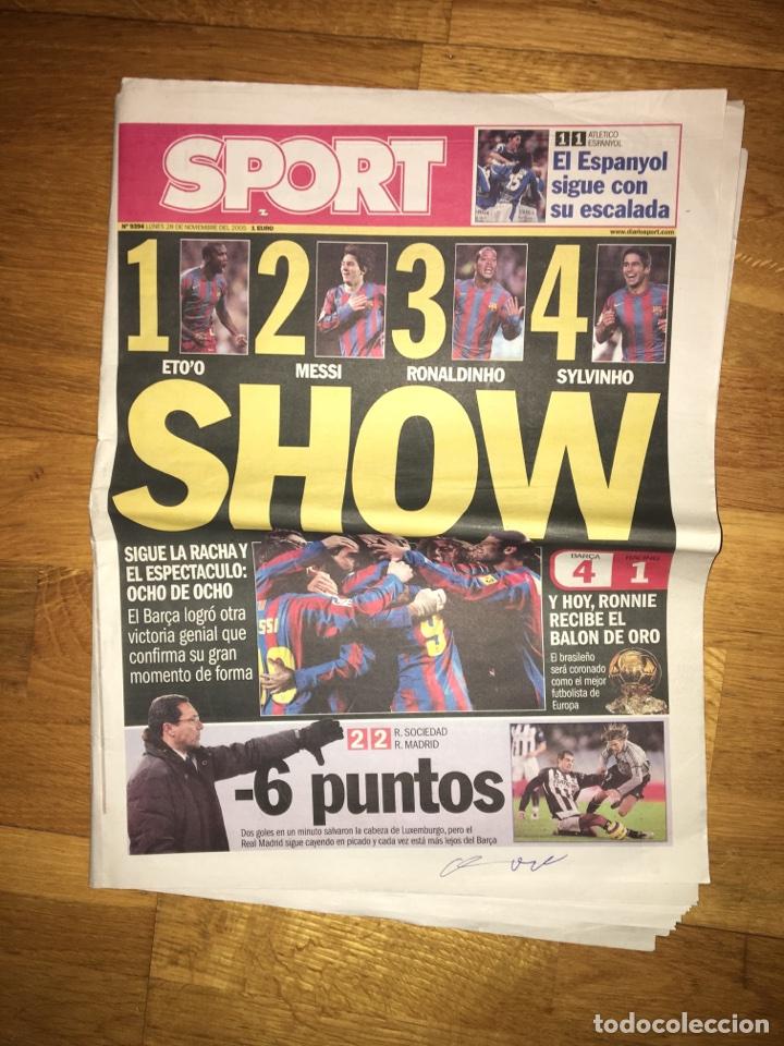 SPORT 28 NOVIEMBRE 2005 BARÇA 4-1 RACING FC BARCELONA (Coleccionismo Deportivo - Revistas y Periódicos - Sport)