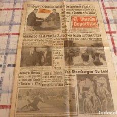 Coleccionismo deportivo: MUNDO DEPORTIVO(5-11-65)RIVILLA BODAS PLATA ESPAÑA,BATIÓ AL PLUS ULTRA CON IRIBAR,LUCHA LIBRE.. Lote 107446067