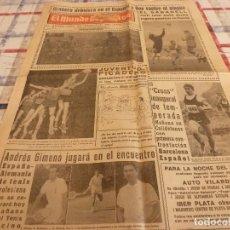 Coleccionismo deportivo: MUNDO DEPORTIVO(20-11-65)AT.MADRID,LUCHA LIBRE,JUVENTUD-PICADERO BASKET. Lote 107469643