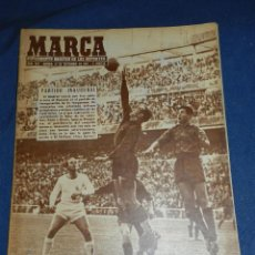 Coleccionismo deportivo: (M21) MARCA NUM 772 MADRID 1957 - PORTADA DI STEFANO , PARTIDO INAUGURAL R MADRID - OSASUNA. Lote 107593923