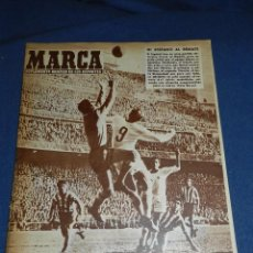 Coleccionismo deportivo: (M21) MARCA NUM 784 MADRID 1957 - DI STEFANO - R MADRID - RCD ESPAÑOL. Lote 107597163