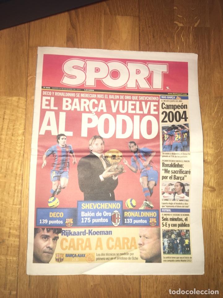 SPORT 14 DICIEMBRE 2004 BARÇA FC BARCELONA BALÓN ORO SHEVCHENKO RONALDINHO DECO (Coleccionismo Deportivo - Revistas y Periódicos - Sport)