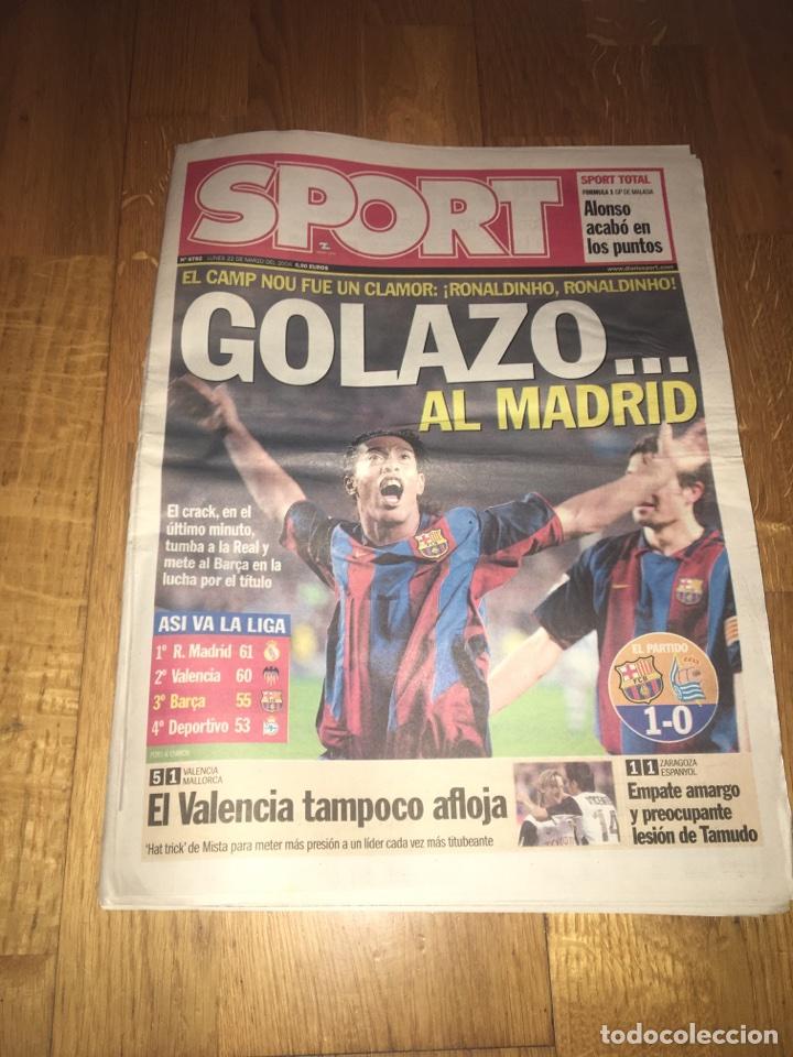 SPORT 22 MARZO 2004 FC BARCELONA 1 REAL SOCIEDAD 0 BARÇA RONALDINHO (Coleccionismo Deportivo - Revistas y Periódicos - Sport)