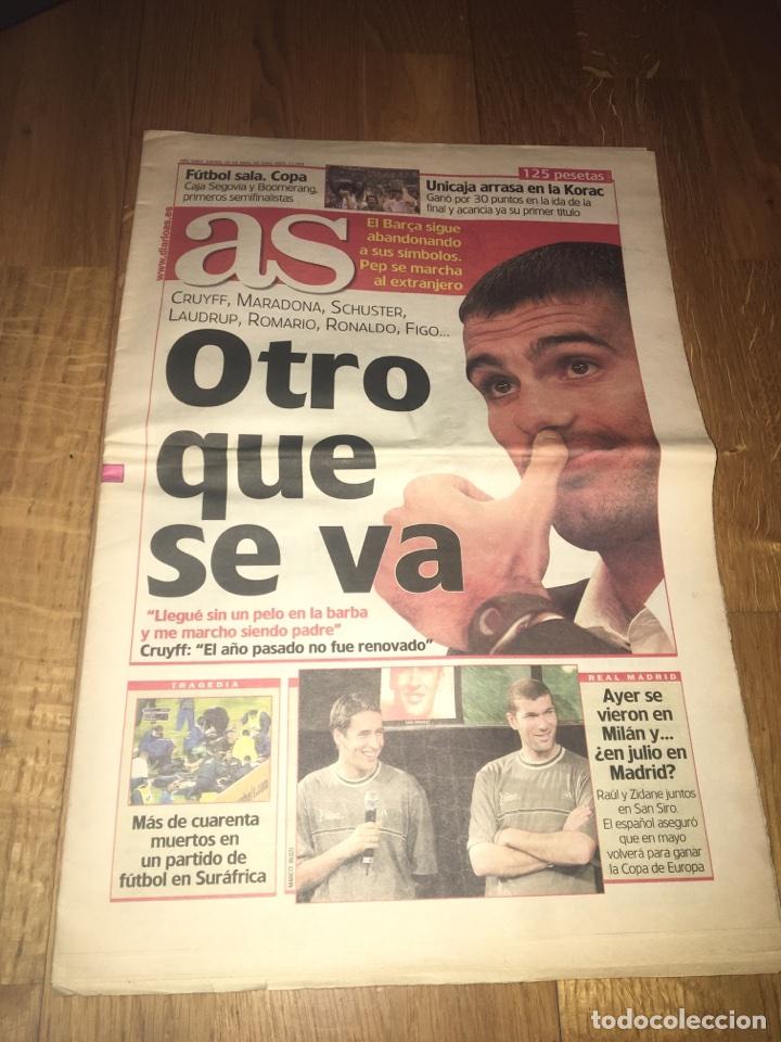 AS 12 ABRIL 2001 GUARDIOLA SE VA FC BARCELONA BARÇA COMO JUGADOR (Coleccionismo Deportivo - Revistas y Periódicos - As)