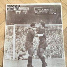 Coleccionismo deportivo: VIDA DEPORTIVA (30-10-1961) BARCELONA 2-0 ESPAÑOL REAL MADRID BETIS . Lote 108773043
