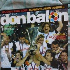 Coleccionismo deportivo: DON BALON 1493. MAYO 2004. ESPECIAL DOBLETE VALENCIA FC. CON POSTER. Lote 109861239