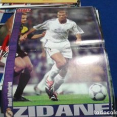 Coleccionismo deportivo: POSTER DON BALON ( ZIDANE ) REAL MADRID 2001 -02. Lote 110083851