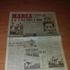 Coleccionismo deportivo: DIARIO MARCA. SUPLEMENTO Nº71. 18-FEBRERO-1943. 4-2 EL CELTA DERROTA AL MADRID.. Lote 111923347