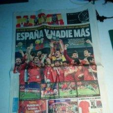 Coleccionismo deportivo: FINAL DE LA EUROCOPA 2012, REVISTA MARCA DEL 2 JULIO DEL 2012, COMPLETA.. Lote 112572075