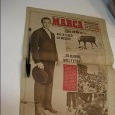 Coleccionismo deportivo: DIARIO MARCA 30 AGOSTO 1947 MUERTE DE MANOLETE APORTO FOTOS DE TODAS LAS PAGINAS . Lote 112832147