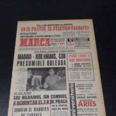 Coleccionismo deportivo: MARCA. 30/09/1970. VALENCIA,3 - CORK HIBERNIANS,1.. Lote 113210292