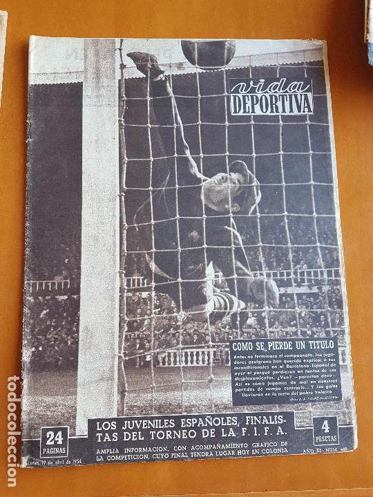 VIDA DEPORTIVA ABRIL 1954. RCD ESPANYOL LE QUITA LA LIGA AL BARÇA (DERBI 1-4). CAMPEÓN REAL MADRID (Coleccionismo Deportivo - Revistas y Periódicos - Vida Deportiva)