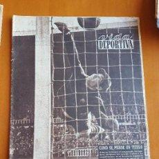 Coleccionismo deportivo: VIDA DEPORTIVA ABRIL 1954. RCD ESPANYOL LE QUITA LA LIGA AL BARÇA (DERBI 1-4). CAMPEÓN REAL MADRID. Lote 114936627