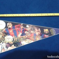 Coleccionismo deportivo: BANDERIN ADHESIVO F.C. BARCELONA 1998 EL SPORT ( ANDERSON Nº 9 ) NUEVO. Lote 116874983