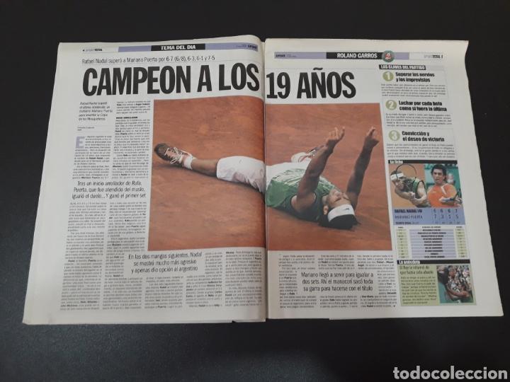 Coleccionismo deportivo: SPORT. N° 9.219. 6/06/2005. NADAL, CAMPEÓN DE RONALD GARROS CON SÓLO 19 AÑOS. - Foto 2 - 117191684